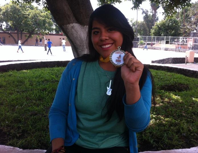 """Berenice Herlindo Cuevas del 2 """"I"""" que obtuvo el primer lugar en Taekwondo."""